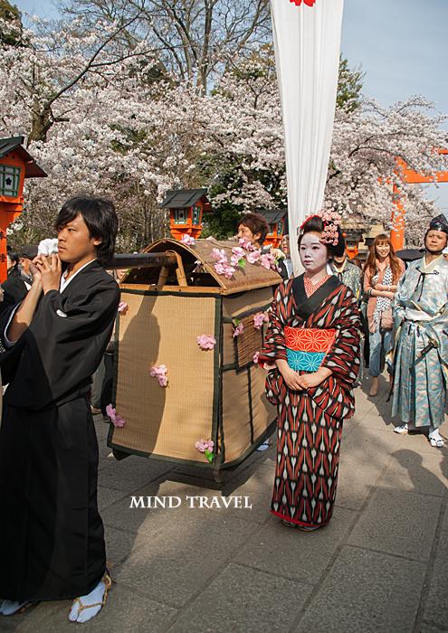 平野神社 桜祭神幸祭 駕籠