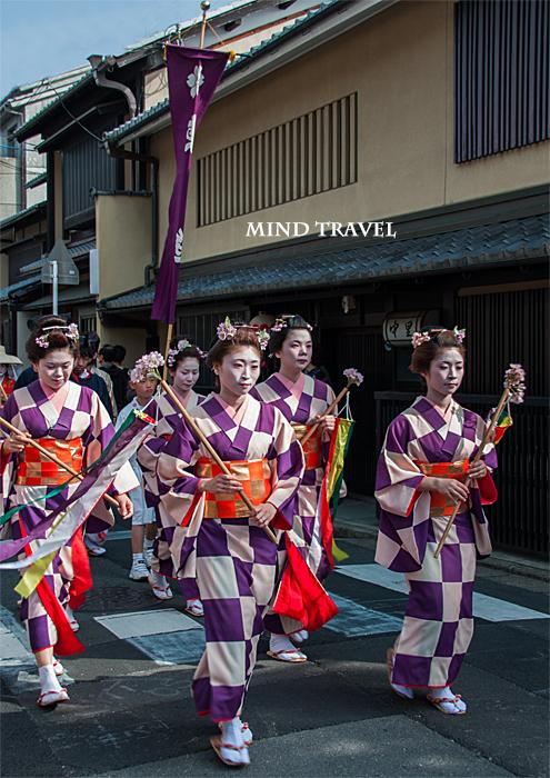 平野神社 桜祭神幸祭 市松模様の着物2