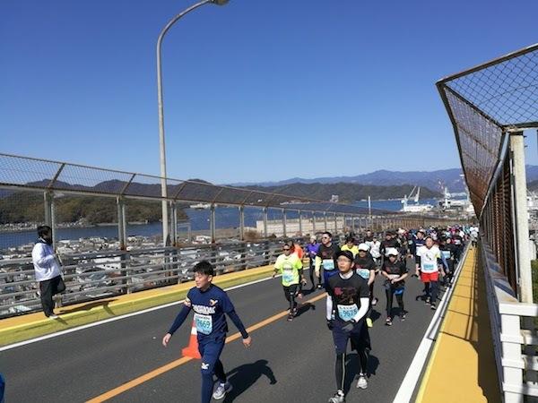 高知マラソン2018浦戸大橋②