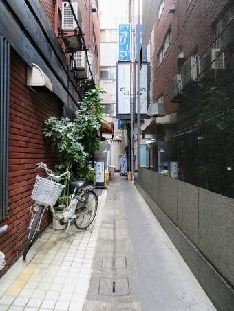京橋界隈17