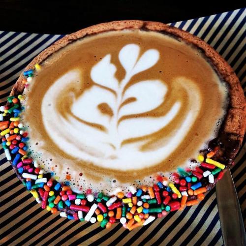 9クッキー生地がコーヒーカップHホワイト_convert_20180228150239_convert_20180228150257