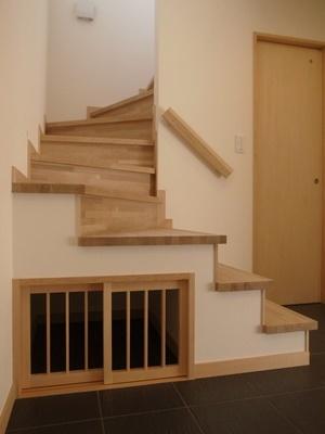 satoukou階段下犬小屋1801