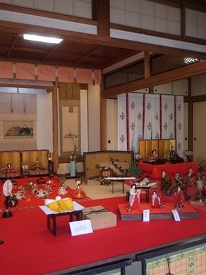 市比賣神社の雛飾り1803