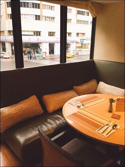ホテルレストラン3