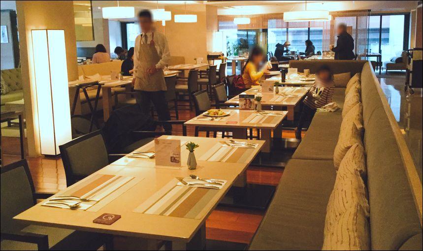 ホテルレストラン10
