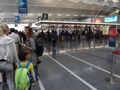 中部国際空港 THAIカウンター