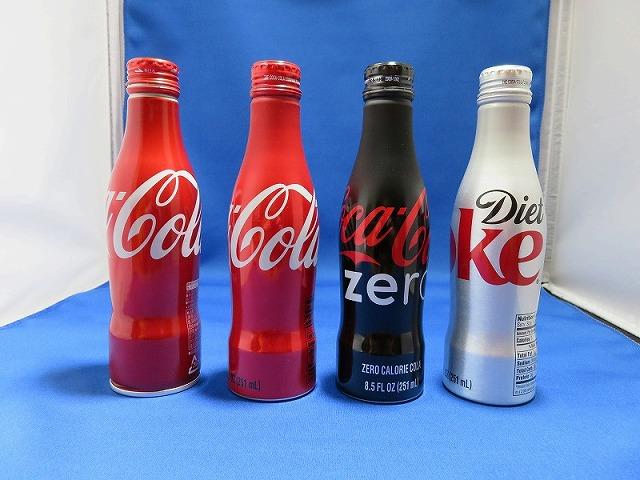 コカ・コーラのボトル4本①