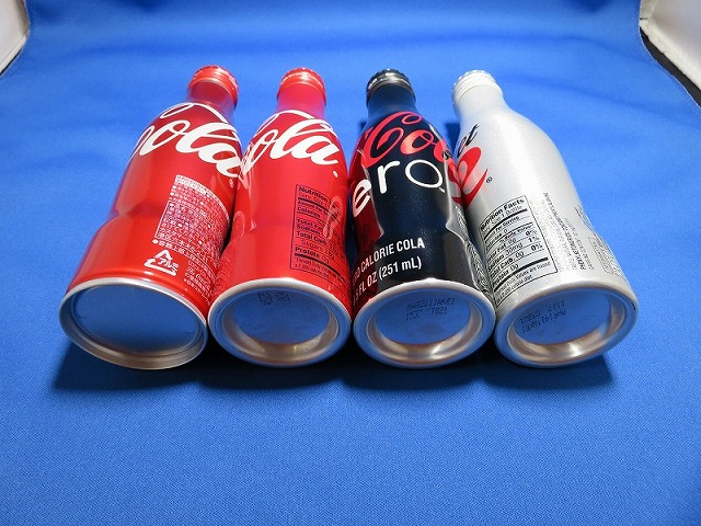 コカ・コーラのボトル4本②