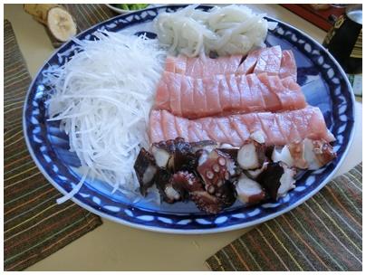 お昼ごはん(お刺身1)