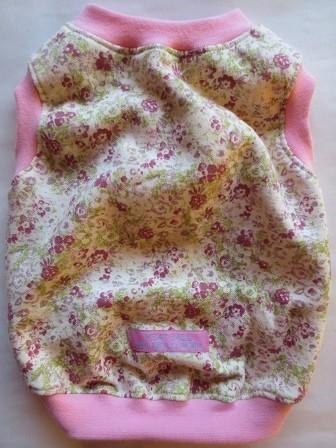 花×ピンク・ノースリーブ