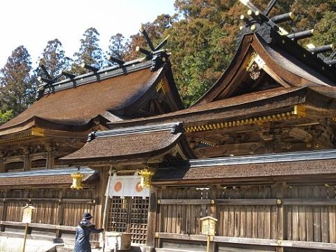 10 熊野本宮大社