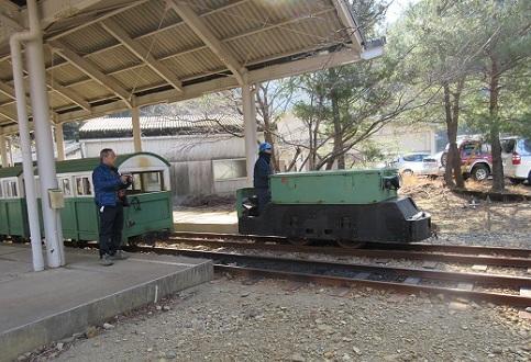 5 トロッコ電車