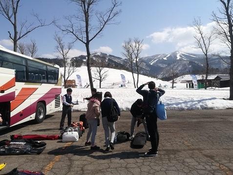 2 スキージャム勝山に到着