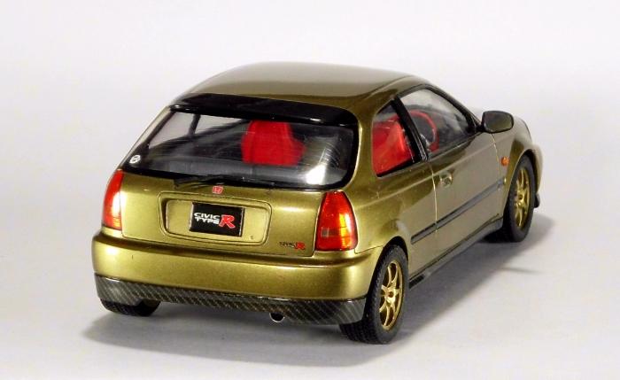 Car00080_02.jpg