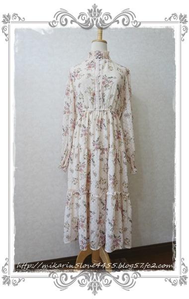 0203ドビー花柄ワンピース(生成り)