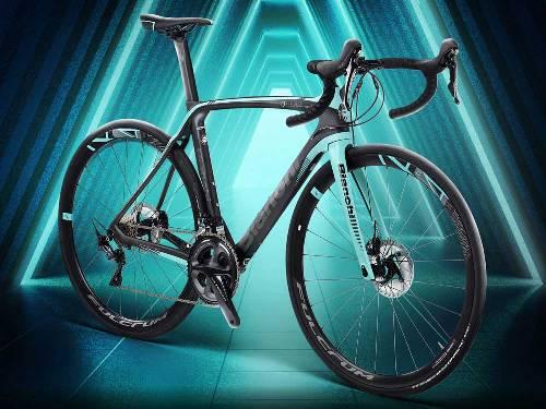 Bianchi-Oltre-XR3-Disc_Countervail-CV-carbon-disc-brake-aero-race-road-bike_italian-disco.jpg