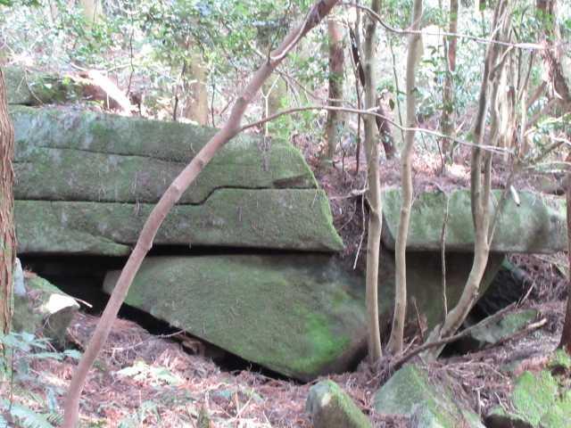 IMG5505JPG重ね岩