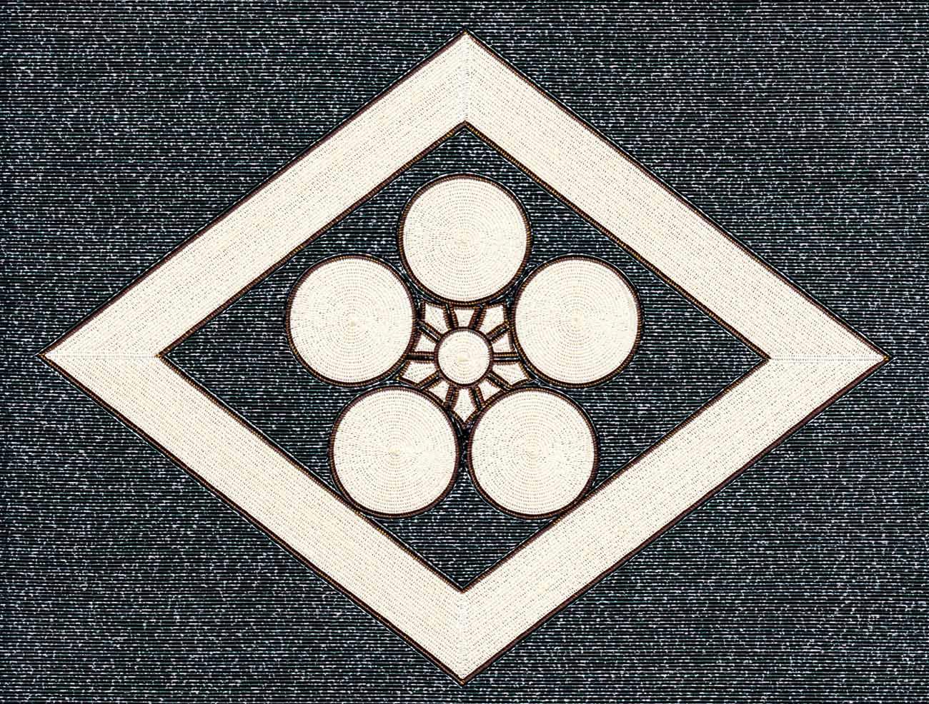太影菱に梅鉢紋