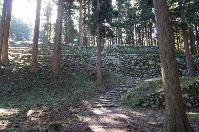 4石垣 (1200x800)