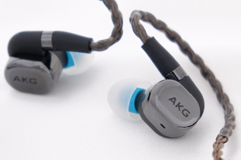 AKG イヤホン N5005