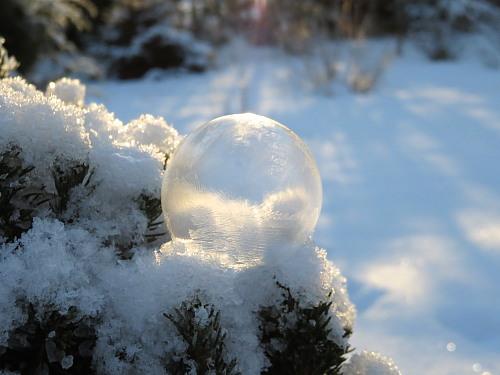 フィンランド 氷点下のシャボン玉 Saippuakupli Pakkasessa