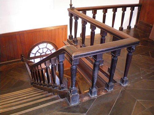 旧石井県令邸・2F階段ホール2