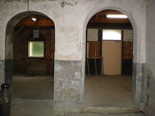 旧石井県令邸・地下2