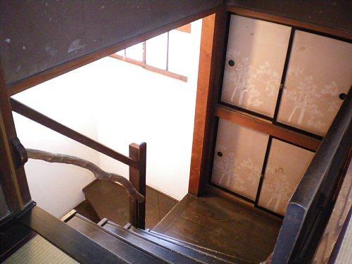 南昌荘・階段