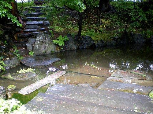 南昌荘・池