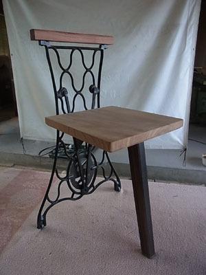 ミシン椅子02