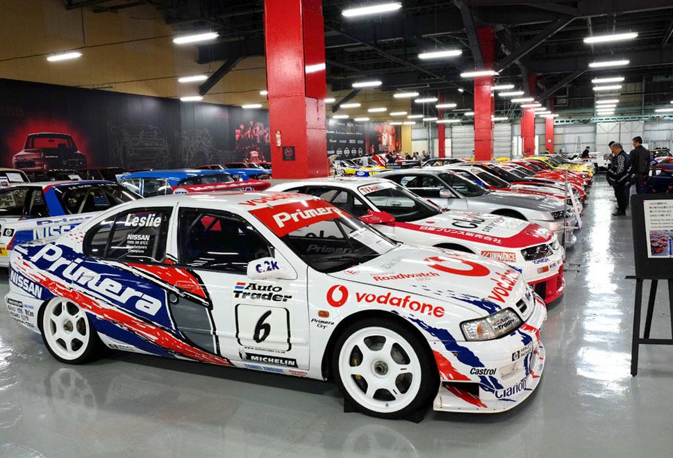 0743 レースカー群 960×645