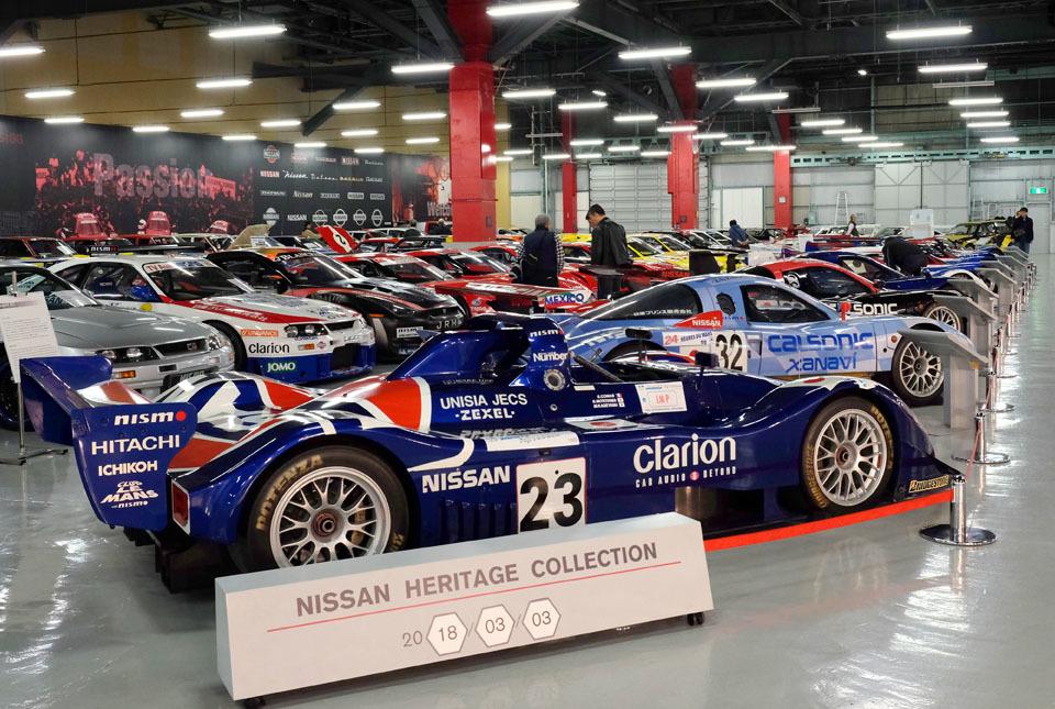 0744 レースカー群 960×645