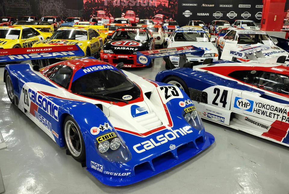 0833 レースカー群 960×645