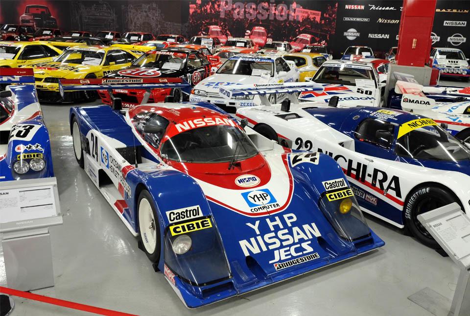 0834 レースカー群 960×645