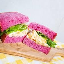 タマコのいちごパン