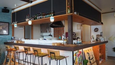 カフェ カラマ (CAFE KALAMA)