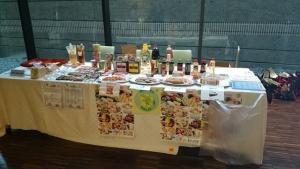 東京農業大学ハラール食展示