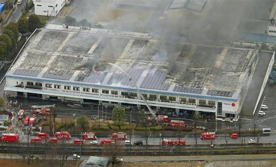 西川産業 布団 倉庫 放火 アルバイト
