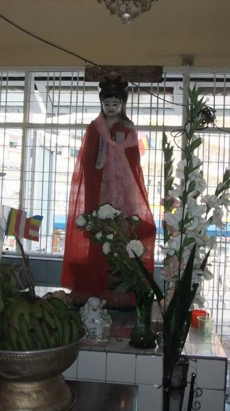 ヤンゴン スーレーパヤ8 (1)