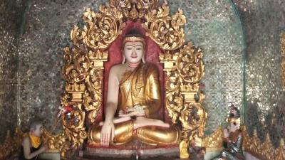 ヤンゴン スーレーパヤ8 (2)