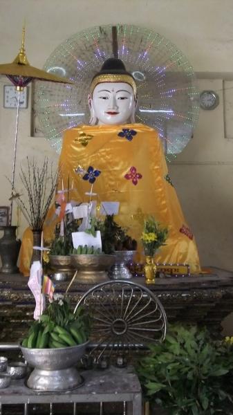 ヤンゴン スーレーパヤ8 (5)