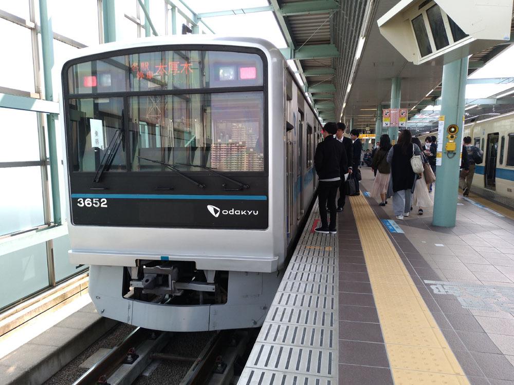 180328_3000形_登戸駅1番線