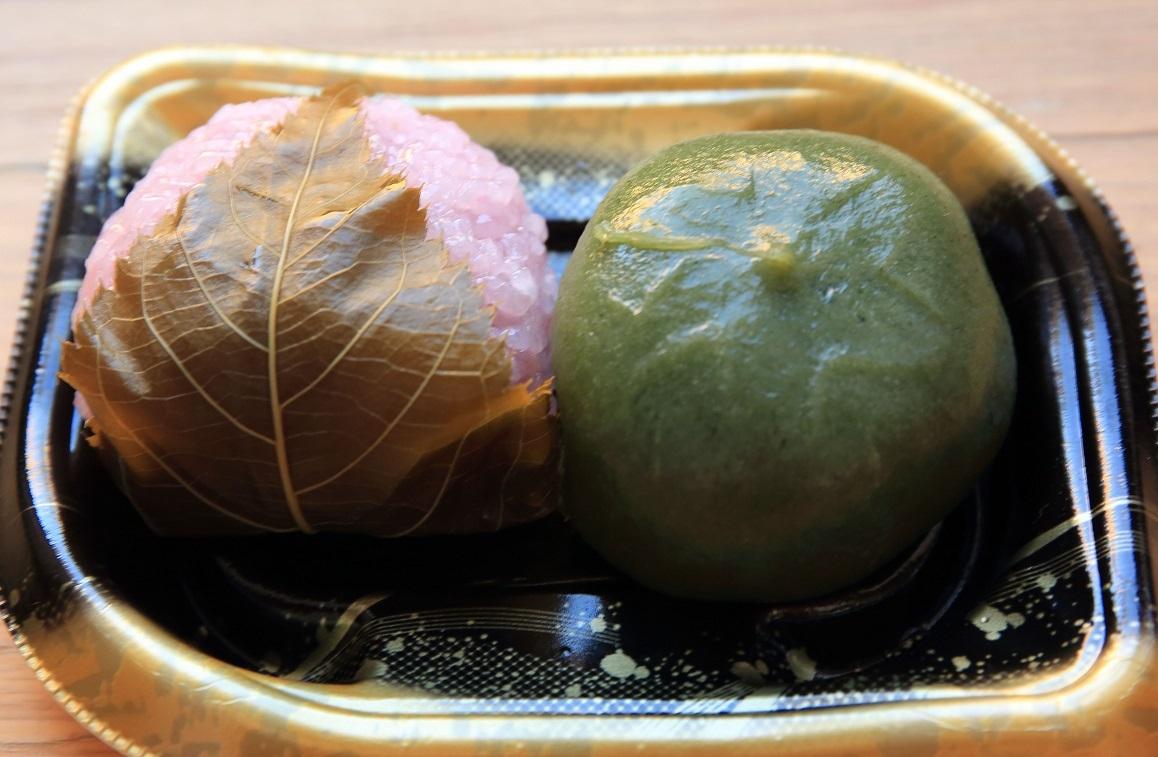 ブログ 道明寺と草餅.jpg