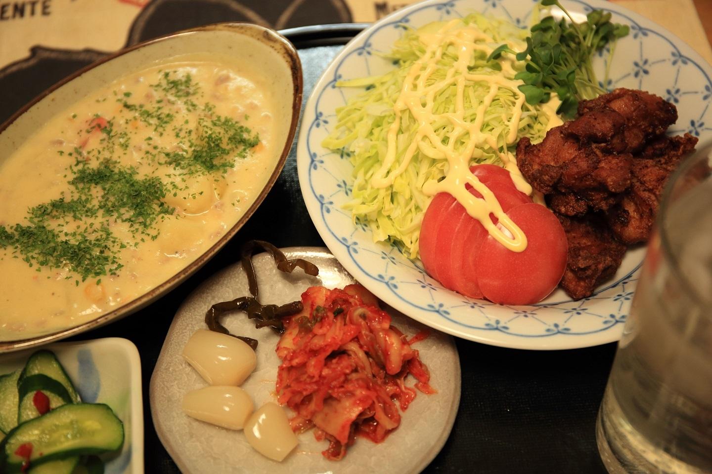 ブログ 雨天の日の夕食.jpg