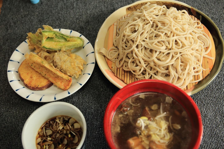 ブログ 接待の昼食.jpg