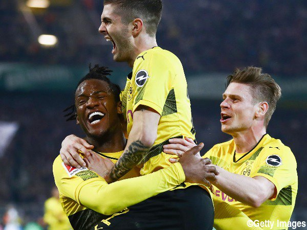 Dortmund [3]-2 Frankfurt Michy Batshuayi