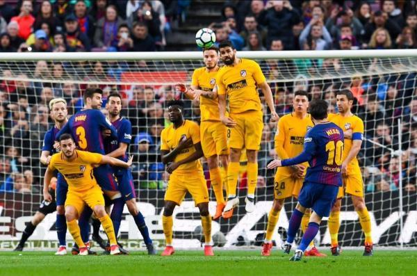 Messi_has_now_scored_a_free_kick_in_three_consecutive_games.jpg