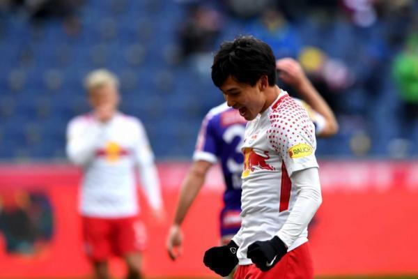 minamino_Doppelpack_against_FK_Austria_Wien.jpg