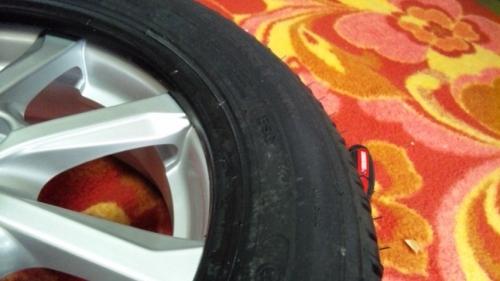 タイヤ組み換え (41)