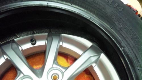 タイヤ組み換え (43)